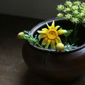 生木胡粉地の花器