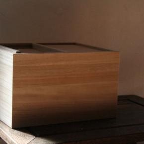 東屋の米櫃